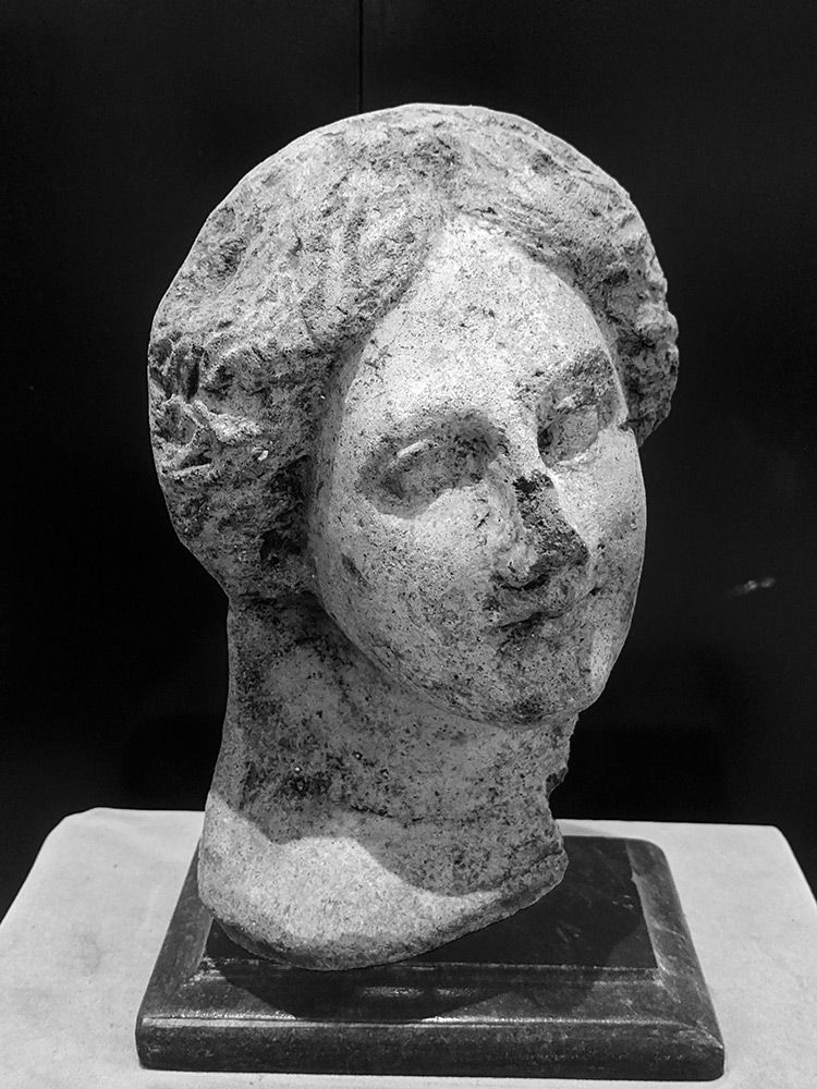 terracotta-head-bw